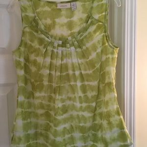Chicos green and white sleeveless scoop neck top